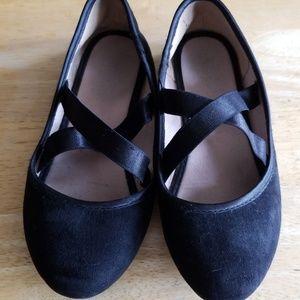 Girls Size 1 Black Slip Ballet Flat